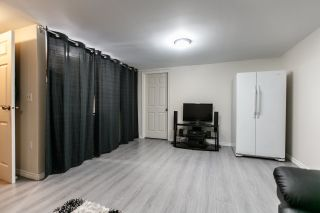 """Photo 12: 7359 PINNACLE Court in Vancouver: Champlain Heights Townhouse for sale in """"PARKLANE"""" (Vancouver East)  : MLS®# R2207367"""
