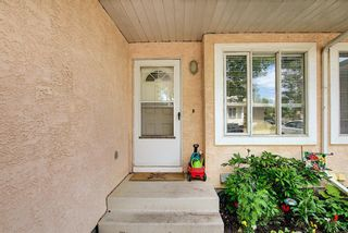 Photo 3: 154 388 Sandarac Drive NW in Calgary: Sandstone Valley Row/Townhouse for sale : MLS®# A1115422