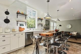 Photo 4: 12716 20 AVENUE in Surrey: Crescent Bch Ocean Pk. House for sale (South Surrey White Rock)  : MLS®# R2403284