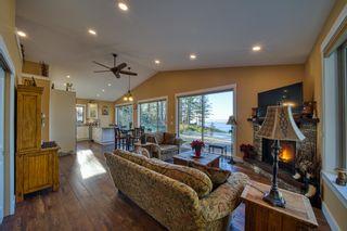 Photo 12: 10991 - 10993 SUNSHINE COAST Highway in Halfmoon Bay: Halfmn Bay Secret Cv Redroofs House for sale (Sunshine Coast)  : MLS®# R2579965