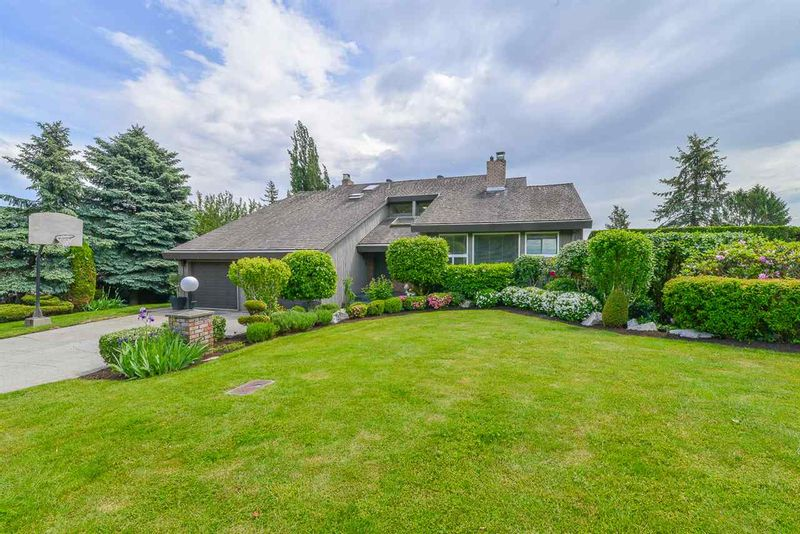 FEATURED LISTING: 35042 PANORAMA Drive Abbotsford