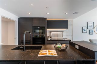 Photo 12: 1403 620 CARDERO STREET in Vancouver: Coal Harbour Condo for sale (Vancouver West)  : MLS®# R2493404
