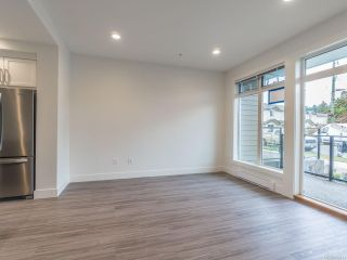Photo 10: 103 308 Hillcrest Ave in NANAIMO: Na University District Row/Townhouse for sale (Nanaimo)  : MLS®# 832673