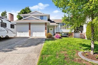 Photo 1: 15775 98 Avenue in Surrey: Guildford House for sale (North Surrey)  : MLS®# R2583361