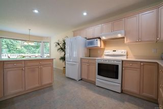 Photo 8: 5918 Oliver Rd in : Na Uplands House for sale (Nanaimo)  : MLS®# 857307