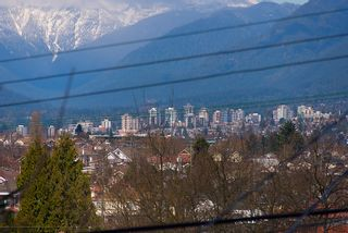 Photo 28: 3191 East 6th Avenue in Vancouver: Home for sale : MLS®# V1054407