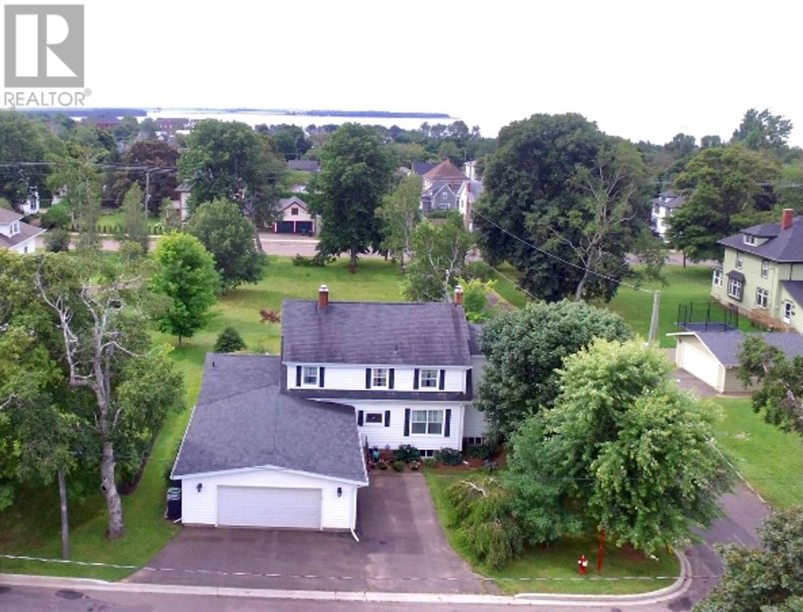 Photo 5: Photos: 349 Beaver Street in Summerside: House for sale : MLS®# 202120610