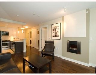 Photo 5: 406-160 West 3rd Street in North Vancouver: Lower Lonsdale Condo for sale : MLS®# V790001
