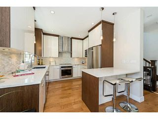 """Photo 8: 2004 LARSON Road in North Vancouver: Central Lonsdale House for sale in """"Eleonora Residences"""" : MLS®# R2567166"""