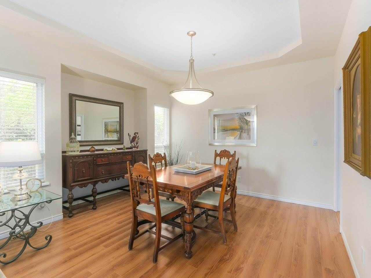 """Photo 3: Photos: 21 998 RIVERSIDE Drive in Port Coquitlam: Riverwood Townhouse for sale in """"PARKSIDE PLACE"""" : MLS®# R2371728"""