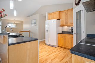 Photo 11: 230 Maguire Court in Saskatoon: Willowgrove Residential for sale : MLS®# SK873818