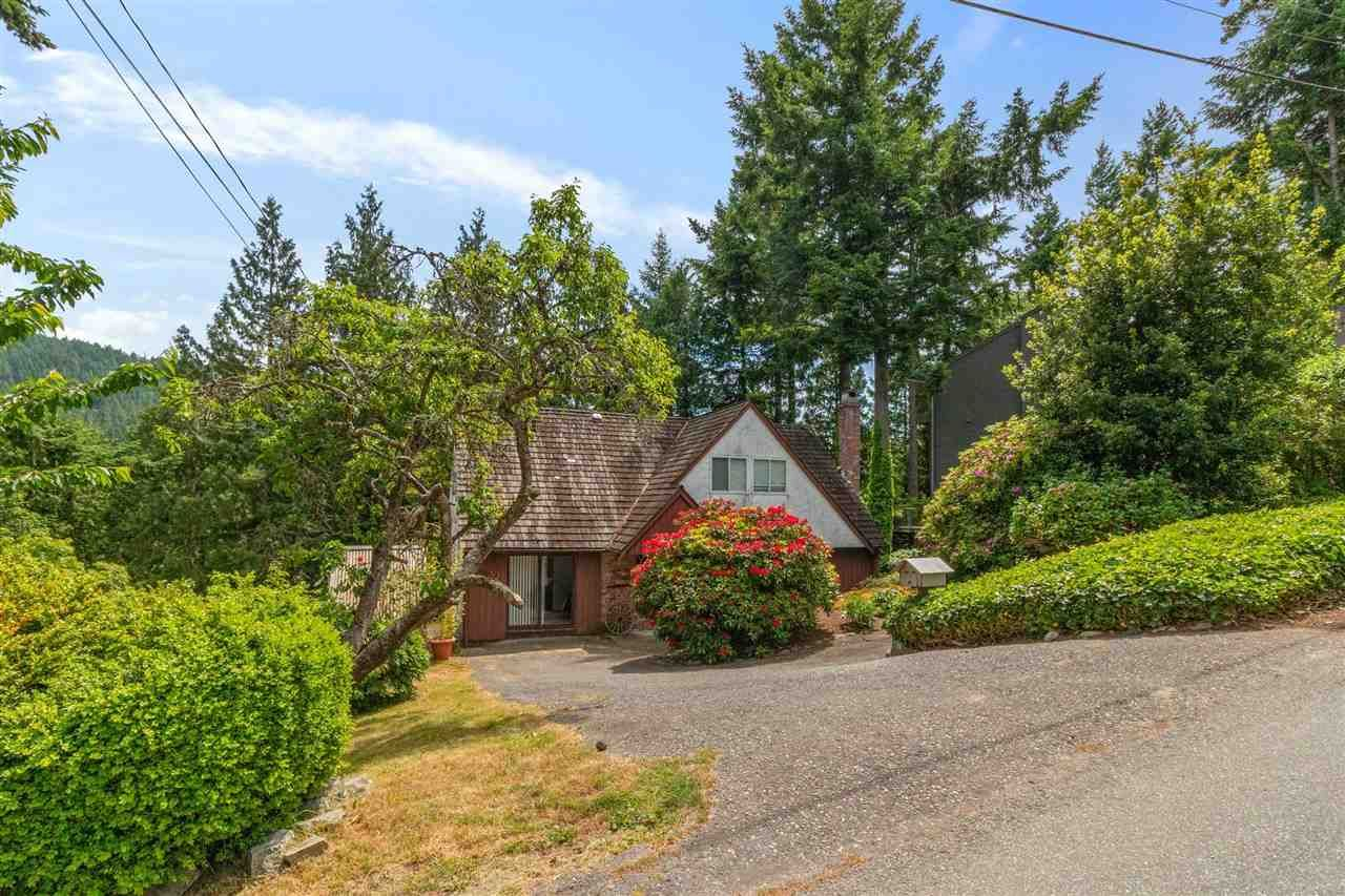 """Main Photo: 6490 MADRONA Crescent in West Vancouver: Horseshoe Bay WV House for sale in """"Horseshoe Bay"""" : MLS®# R2590722"""