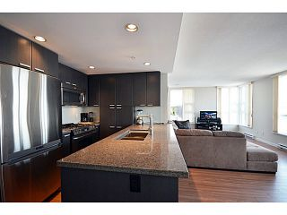 "Photo 5: # 306 2232 DOUGLAS RD in Burnaby: Brentwood Park Condo for sale in ""Affinity By BOSA"" (Burnaby North)  : MLS®# V999820"