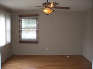 Photo 6: PACIFIC BEACH House for sale : 2 bedrooms : 4276 Lamont