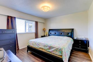 Photo 26: 6760 GOLDSMITH Drive in Richmond: Woodwards House for sale : MLS®# R2566636