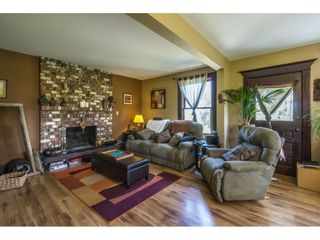 Photo 8: 22089 TELEGRAPH Trail in Langley: Fort Langley House for sale : MLS®# R2389410