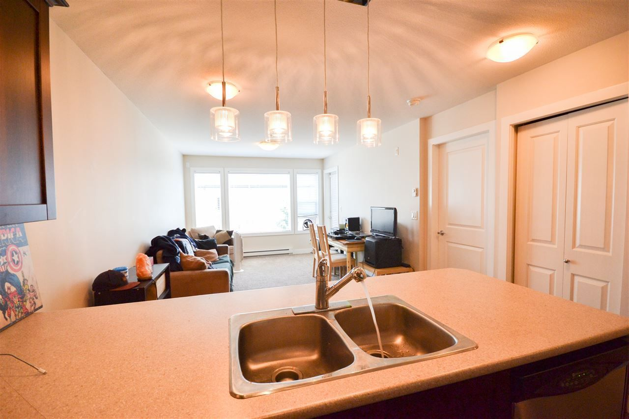 """Photo 3: Photos: 303 9422 VICTOR Street in Chilliwack: Chilliwack N Yale-Well Condo for sale in """"NEWMARK"""" : MLS®# R2279466"""
