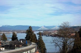 """Photo 1: # 6 - 11 E. Royal Avenue in New Westminster: Fraserview NW Townhouse for sale in """"VICTORIA HILL"""" : MLS®# R2033791"""