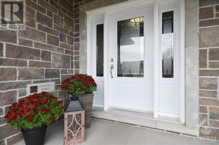 Photo 2: 31 YORK CROSSING ROAD in Russell: House for sale : MLS®# 1261417