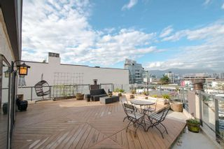 """Photo 3: 6 1375 W 10TH Avenue in Vancouver: Fairview VW Condo for sale in """"HEMLOCK HOUSE"""" (Vancouver West)  : MLS®# V1107342"""