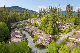 """Photo 2: 1148 STRATHAVEN Drive in North Vancouver: Northlands Townhouse for sale in """"Strathaven"""" : MLS®# R2579287"""