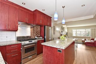 """Photo 8: 567 W 22ND Avenue in Vancouver: Cambie House for sale in """"DOUGLAS PARK"""" (Vancouver West)  : MLS®# R2049305"""
