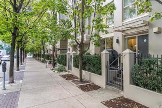 Photo 1: TH15 969 RICHARDS Street in Vancouver: Downtown VW Townhouse  (Vancouver West)  : MLS®# R2002772