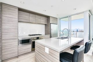 """Photo 3: 804 1550 FERN Street in North Vancouver: Lynnmour Condo for sale in """"BEACON AT SEYLYNN VILLAGE"""" : MLS®# R2570850"""