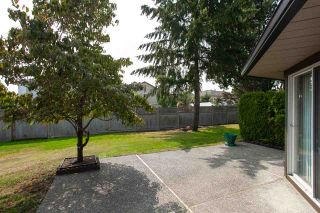 "Photo 7: 138 16080 82 Avenue in Surrey: Fleetwood Tynehead Townhouse for sale in ""Ponderosa"" : MLS®# R2297847"