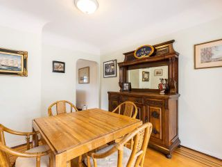 """Photo 11: 4530 BELMONT Avenue in Vancouver: Point Grey House for sale in """"Point Grey"""" (Vancouver West)  : MLS®# R2440130"""