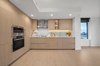 Photo 2: 706 1768 COOK Street in Vancouver: False Creek Condo for sale (Vancouver West)  : MLS®# R2623953