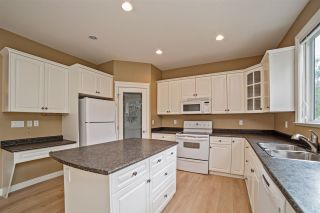 """Photo 4: 4 33925 ARAKI Court in Mission: Mission BC House for sale in """"ABBEY MEADOWS"""" : MLS®# R2201500"""