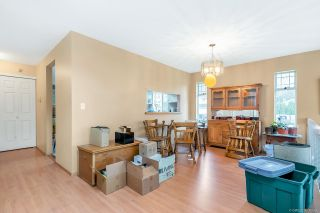 """Photo 6: 16195 10 Avenue in Surrey: King George Corridor House for sale in """"South Meridian"""" (South Surrey White Rock)  : MLS®# R2420726"""