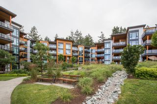 """Photo 32: 415 14855 THRIFT Avenue: White Rock Condo for sale in """"The Royce"""" (South Surrey White Rock)  : MLS®# R2538329"""