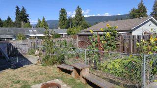 Photo 19: 5756 NEPTUNE Road in Sechelt: Sechelt District House for sale (Sunshine Coast)  : MLS®# R2491794