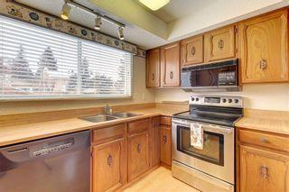 Photo 5: 205 OAKCHURCH Bay SW in Calgary: Oakridge Detached for sale : MLS®# C4225694