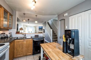 Photo 8: 24 288 ST. DAVIDS Avenue in North Vancouver: Lower Lonsdale Townhouse for sale : MLS®# R2163127