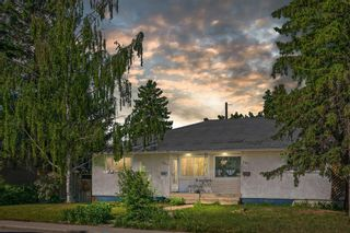 Main Photo: 337 37 Street SW in Calgary: Spruce Cliff Semi Detached for sale : MLS®# A1111505