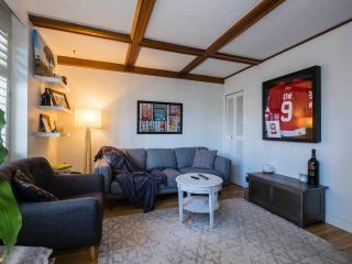 "Photo 19: 304 1975 PENDRELL Street in Vancouver: West End VW Condo for sale in ""PARKWOOD MANOR"" (Vancouver West)  : MLS®# R2535817"