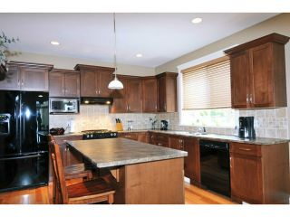 """Photo 3: 10723 239TH ST in Maple Ridge: Albion House for sale in """"MAPLE WOODS"""" : MLS®# V1023783"""