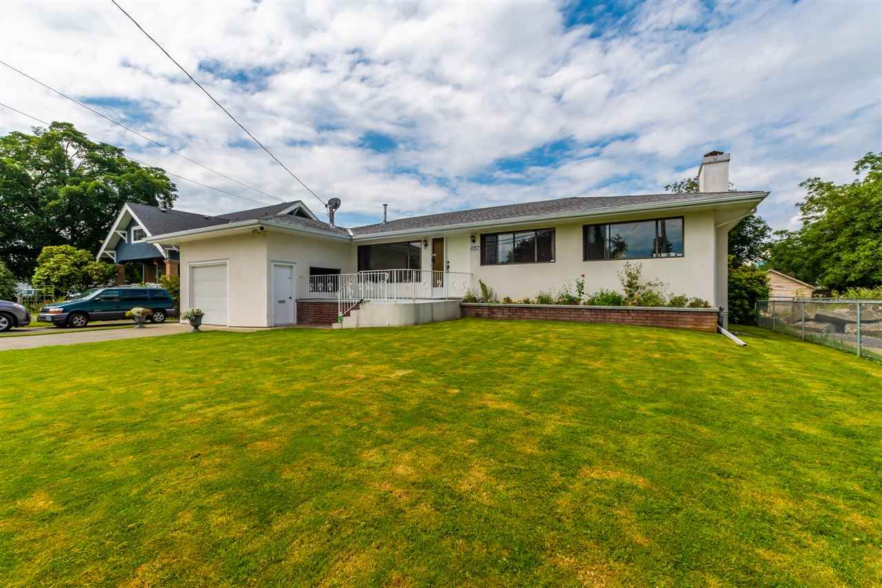 Main Photo: 9757 WILLIAMS Street in Chilliwack: Chilliwack N Yale-Well House for sale : MLS®# R2472560