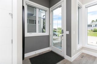 Photo 4: 1635 23 Avenue NW in Calgary: Capitol Hill Detached for sale : MLS®# A1117100