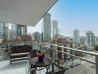 "Photo 19: 1006 1009 HARWOOD Street in Vancouver: West End VW Condo for sale in ""The Modern"" (Vancouver West)  : MLS®# R2546886"