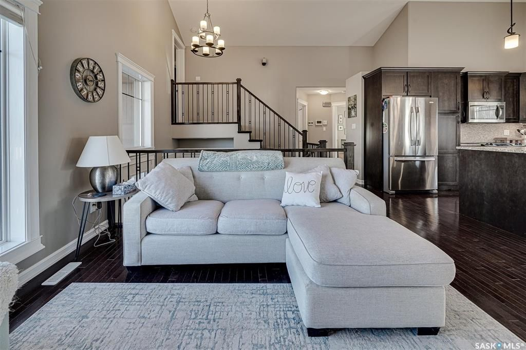 Photo 3: Photos: 602 Bennion Crescent in Saskatoon: Willowgrove Residential for sale : MLS®# SK849166