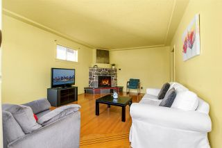 Photo 2: 4814 PENDER Street in Burnaby: Capitol Hill BN House for sale (Burnaby North)  : MLS®# R2483163