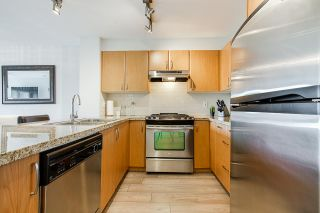 """Photo 4: 220 4728 DAWSON Street in Burnaby: Brentwood Park Condo for sale in """"Montage"""" (Burnaby North)  : MLS®# R2396809"""