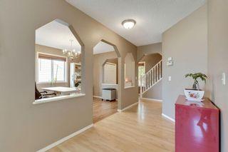 Photo 7: 137 Douglas Glen Manor SE in Calgary: Douglasdale/Glen Detached for sale : MLS®# A1116437