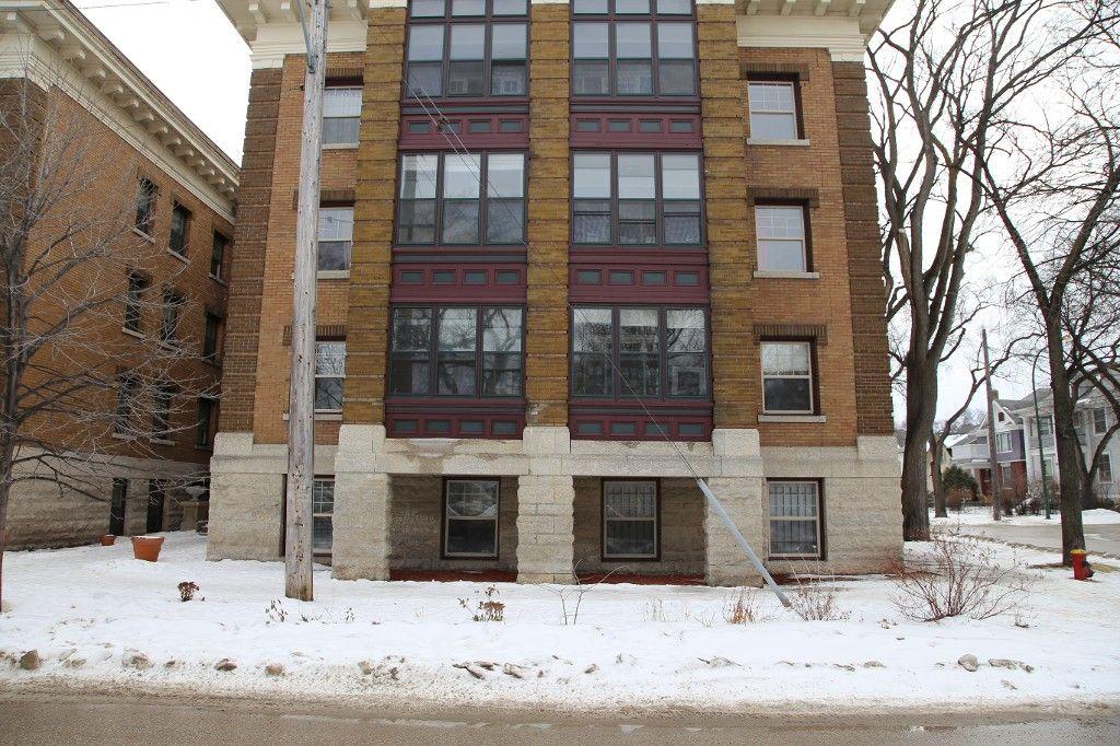 Photo 4: Photos: 31 828 Preston Avenue in WINNIPEG: Wolseley Condo for sale (West Winnipeg)  : MLS®# 1505263