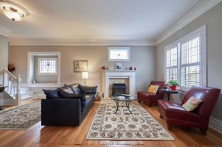 Photo 2: 375 KEARY Street in New Westminster: Sapperton House for sale : MLS®# R2149361