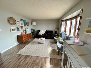 Photo 2: 235 McCarthy Boulevard North in Regina: Normanview Residential for sale : MLS®# SK865155